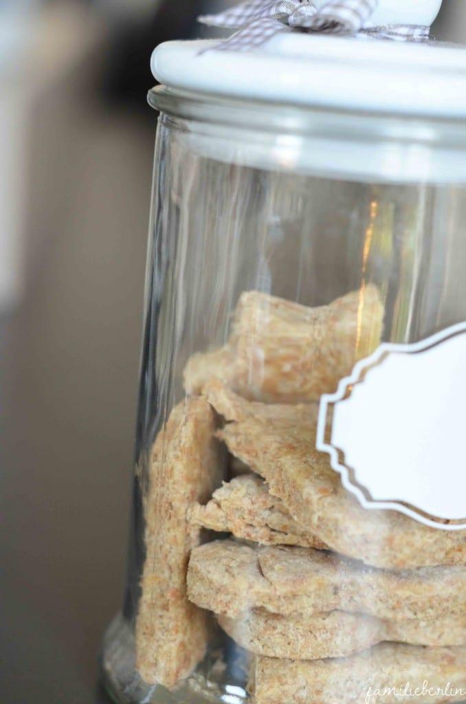 Plätzchen für Kleinkinder, Rezept, Zuckerfrei, Vollkorn, Kekse, Cookies, BLW, Rezept für Babys, Backen, gesunde Ernährung Baby, Fingerfood, Babyhände