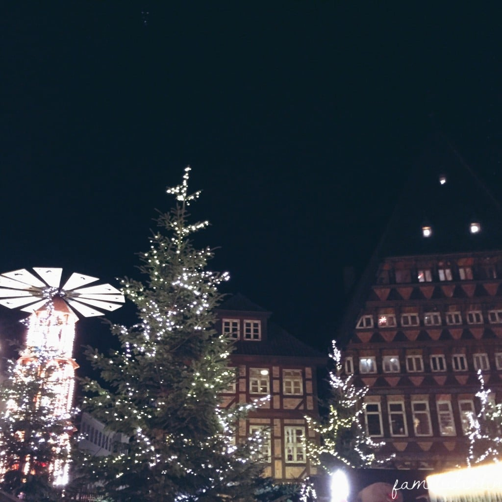 Weihnachtsmarkt_Hildesheim_Pyramide