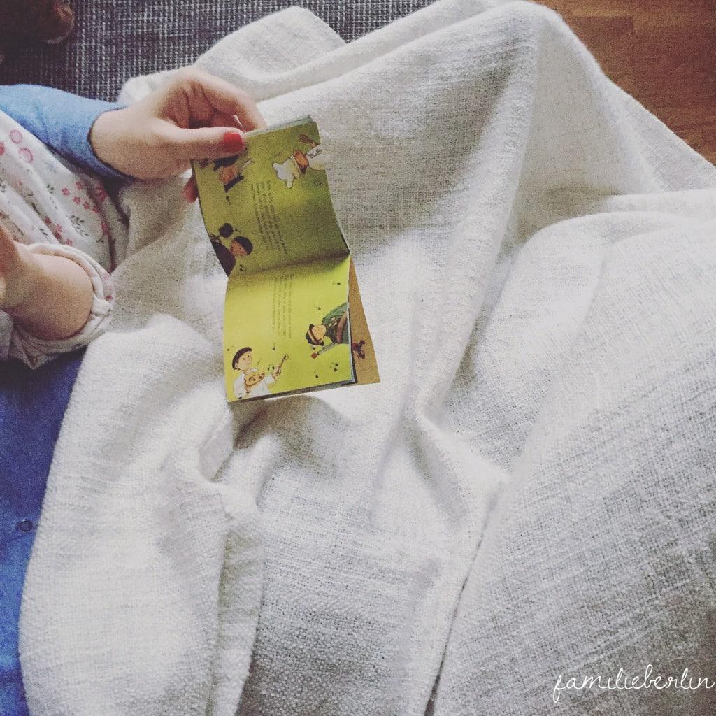 Morgens, Sonntag, Couch, Vorlesen, Kleinkind