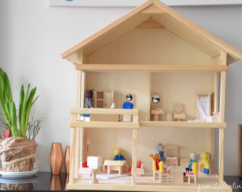 Spielzeug-Inspiration: Ein Selbstgebautes Puppenhaus Aus