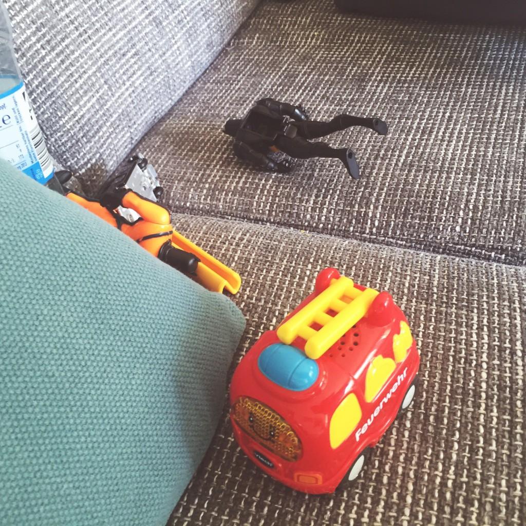 Sofa, Spielzeug