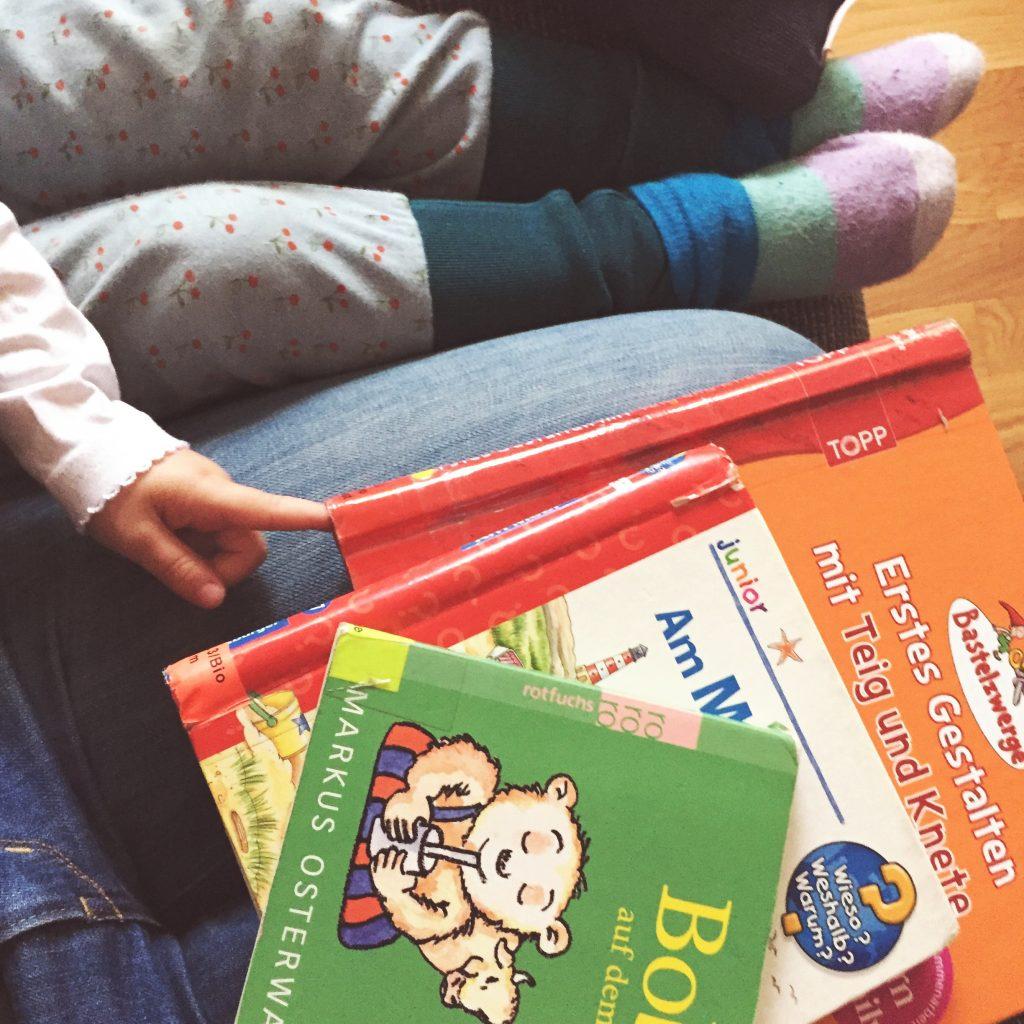 Wochenende in Bildern, Herbst, Familie, Leben mit Kindern, Berlin, Ausflug, Familienleben, Baby, Zahnen, schlechte Laune, Bücherei