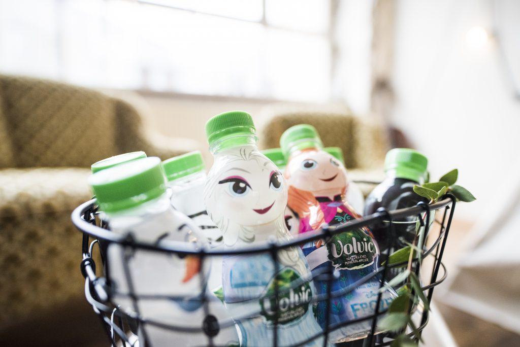 Warum Trinken für uns so wichtig ist, Kinder trinken, Wasser statt Saft, Kinder zum Trinken animieren, Tipps und Tricks Wasser trinken, Volvic
