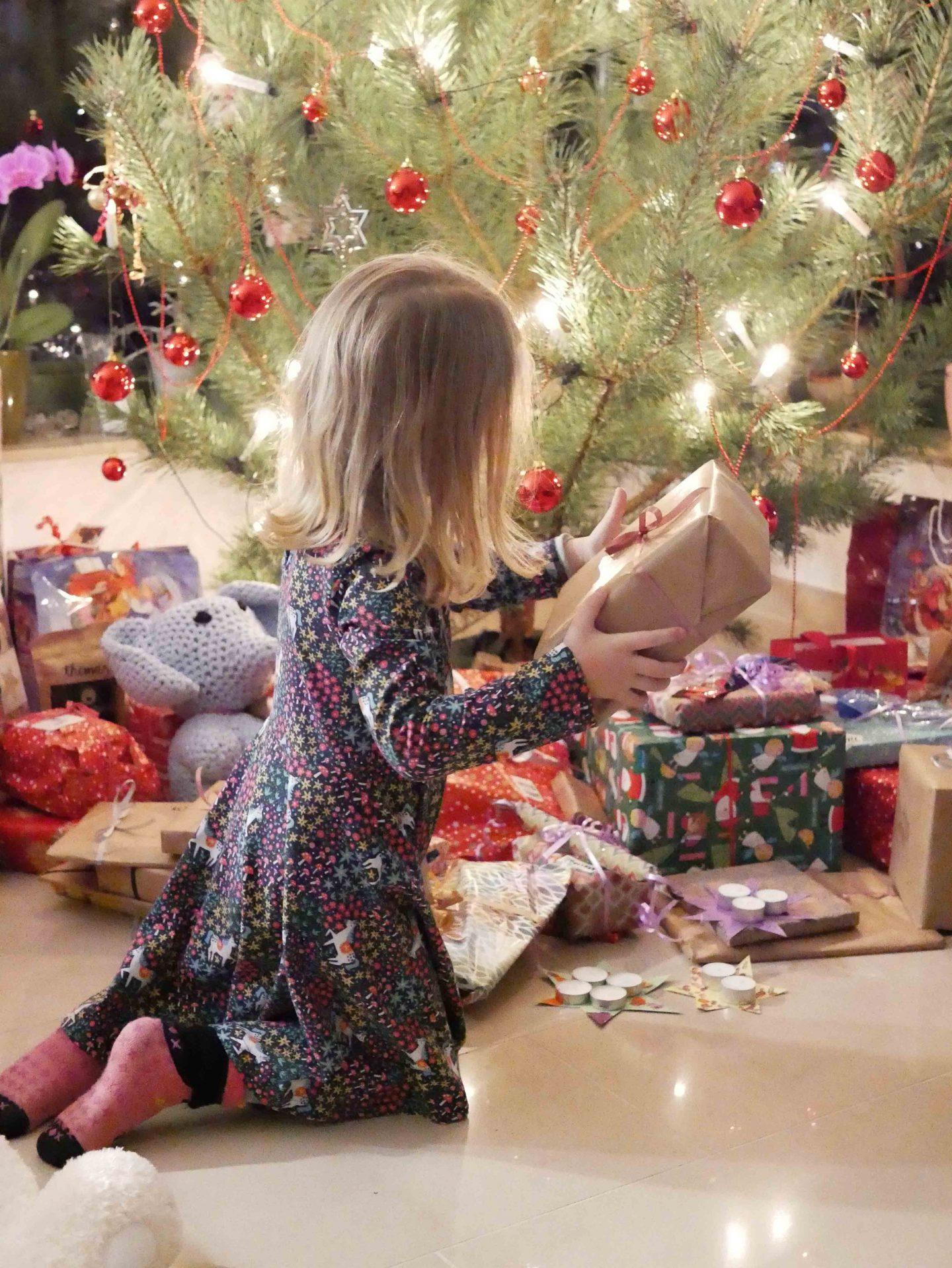 weihnachten 24 bescherung familieberlin. Black Bedroom Furniture Sets. Home Design Ideas