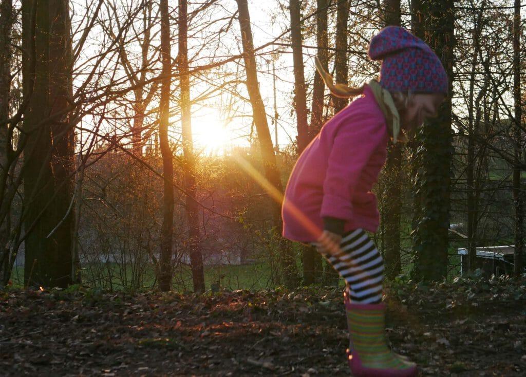 Ideen und Beschäftigungen für Kinder im Herbst